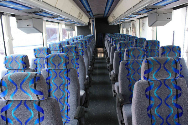 30 person shuttle bus rental north hempstead new york
