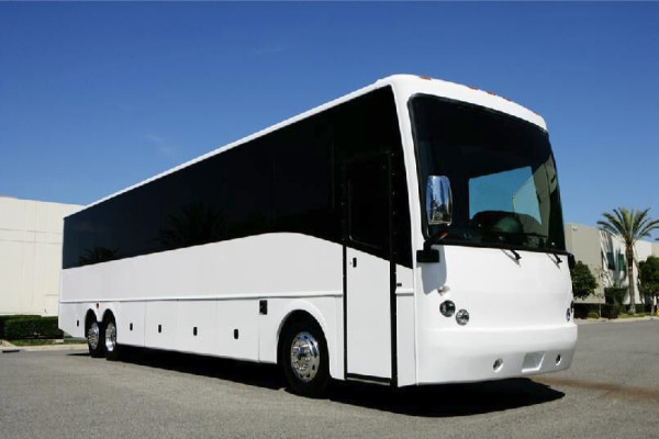 40 passenger charter bus rental north hempstead
