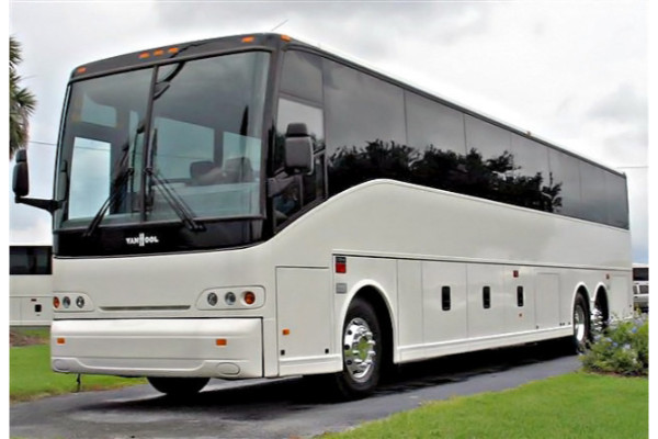 50 passenger charter bus north hempstead ny