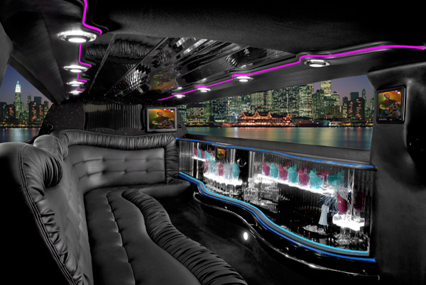 Chrysler 300 Limo Paul Smiths NY